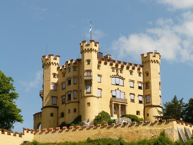 руины замка Хоеншвангау